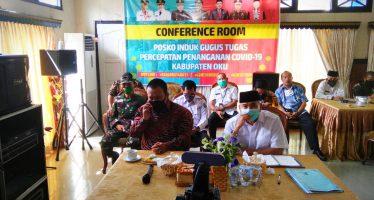 Bupati OKU Drs. H.Kuryana Azis Mengikuti Video Conference Rakor Pilkada Serentak Tahun 2020 Bersama Mendagri Bertempat di Ruang Induk Rumah Dinas Kabupaten OKU, Jum'at (05/06/2020)