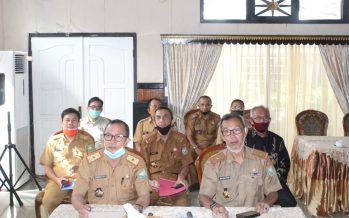 Asisten III Setda OKU Menghadiri Pengumuman dan Penganugerahan Lomba Inovasi Daerah Tatanan Normal Baru Produktif dan Aman Covid-19 Bertempat di Rumah Dinas Bupati OKU Melalui Virtual di Gedung Sasana Bhakti Praja Kemendagri Jakarta, Senin (22/06/2020)