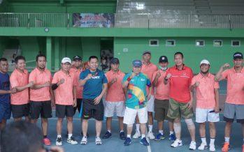 Bupati OKU Olahraga Bersama Danrem 044/Gapo di Lapangan Tenis Pelti Pemkab OKU,  Selasa (23/06/2020)