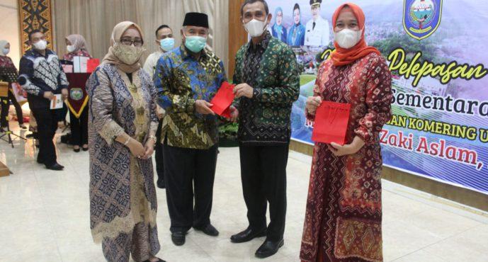 Malam Pelepasan Tugas Pejabat Sementara (Pjs) Bupati OKU Muhammad Zaki Aslam, S. IP., M.Si di Pendopo Rumah Dinas Bupati OKU, Sabtu (05/12/2020)